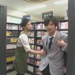 【ゲイ動画】レンタルビデオ店でオナっていることがバレた男子校生が店員に脅されてオーラルセックスをすることに…!