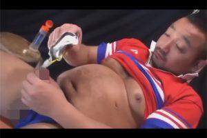 【ゲイ動画】尿道からゼリーを逆流させるウイダーインオナニーを楽しんでからケツマンを犯してもらうガチムチ中年ラガーマン!