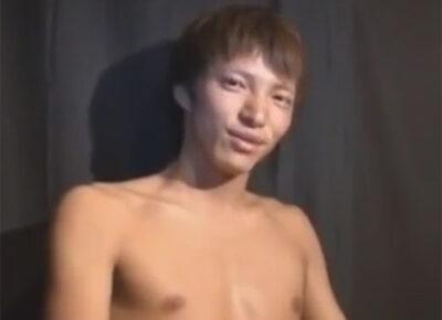 【ゲイ動画】ナンパをされた目力が強いノンケのイケメンがゴーグルマンの技を楽しむことになってしまう!