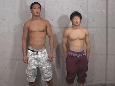 【ゲイ動画】体育会系の2人の男が長時間愛撫をしあってからアナルセックスで快楽におぼれることになる!