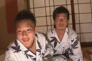 【ゲイ動画】和室でヤンチャ系な2人の男が酒を飲んだ状態で浴衣をずらしながらアナルセックスを楽しむことになる!