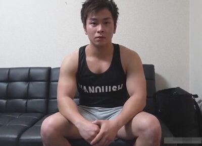 【ゲイ動画】ガチムチな筋肉男子がゴーグルマンにパワーを感じるようなアナルセックスで犯されることになってしまう!