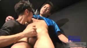 飛びまくりザーメン_サカユニ_手コキ_モロ感射精_ゲイ画像5