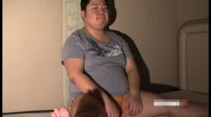 ぽっちゃり_ローション手コキ_乳首コリコリ_イモ系_ゲイ画像1