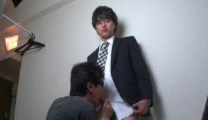 イケメン_スーツ_飛ぶ精子_フェラチオ_ゲイ画像4
