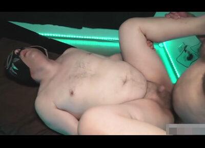 【ゲイ動画】催眠を掛けられて全身の感度が大幅にアップ!色白ぽっちゃり素人中年がアナルを突かれ不思議な気持ち良さに感じまくり!