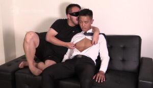 中国人_スーツ_アナルバイブ_手コキ_ゲイ画像1