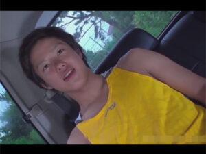 【ゲイ動画ビデオ】バイセクシャルな素人の男が車の中で玩具に刺激されながらHに体を犯されることになってしまう!