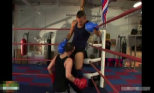 ボクシング_リングでハッテン_立ちバック_外国人_ゲイ画像2